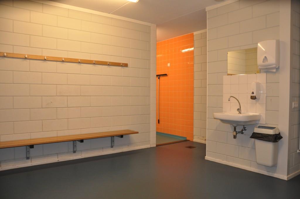 kleedkamer oranje sporthal tanthof