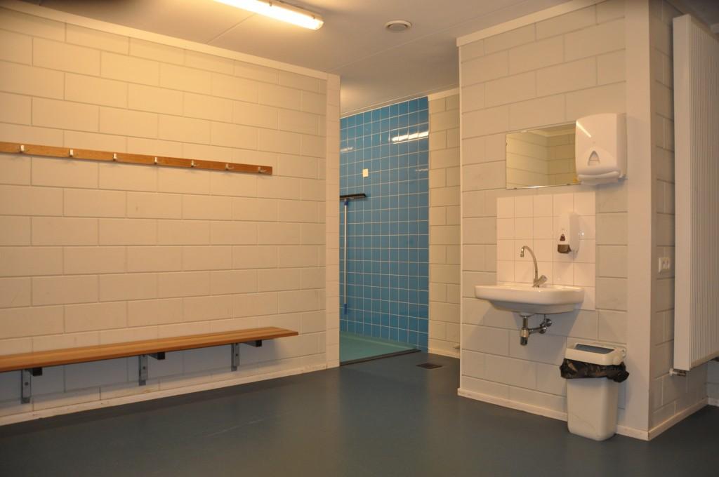 kleedkamer blauw sporthal tanthof